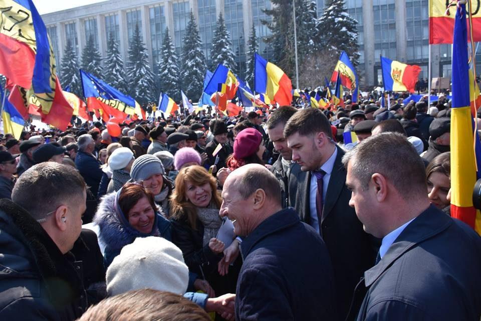 Strategia necesară clasei politice românesti privind reunificarea naţională