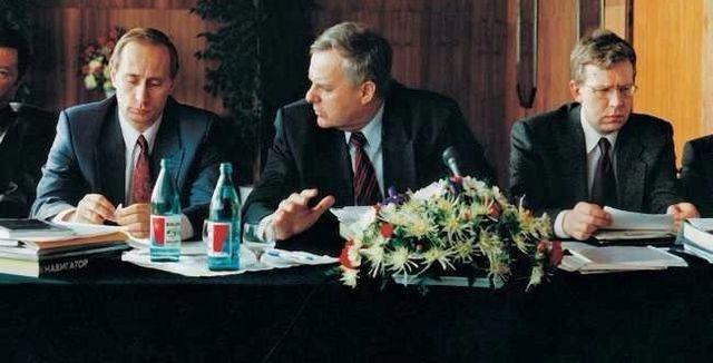 Colonelul Vladimir Vladimirovici Putin…alesul, aleşilor (3)*