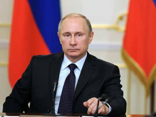Colonelul Vladimir Vladimirovici Putin…alesul, aleşilor (6)*