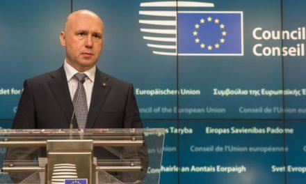 """Mai poate păcăli Cabinetul Filip Bruxellesul cu reforme """"pe hârtie""""?"""