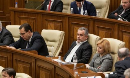 Viitorul pro-european al Republicii Moldova, la mâna oligarhului Vlad Plahotniuc?