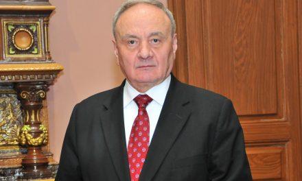Timofti încearcă resuscitarea alianţei pro-europene sub presiunea alegerilor anticipate