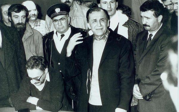 Enigme și certitudini. Decembrie 1989 (1)