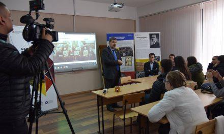 Expoziția Martirii Marii Uniri. Destinele unei generații vernisată la Chișinău