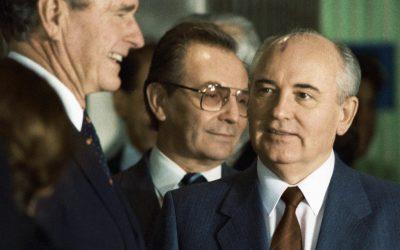 Anul 1989, construcția europeană și destrămarea glacisului strategic al URSS
